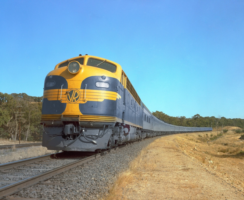 Golden West Train